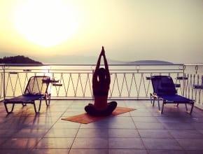 Yoga auf der Dachterrasse