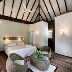 Schlafzimmer nika island resort spa malediven