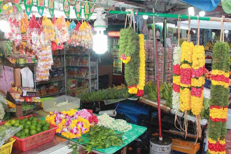 Blumenstand in Little India Singapur