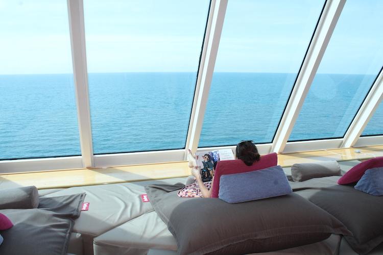 Relaxen in der Himmel und Meer Lounge Mein Schiff 1