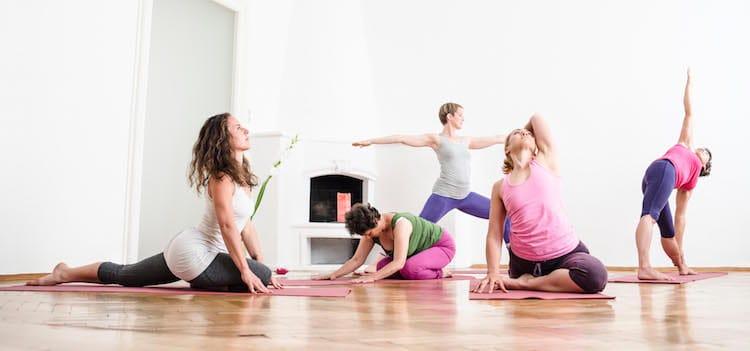 Willkommen in der yogalounge Linz