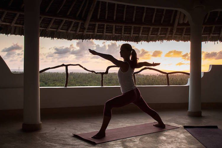 Sunset Yoga im Watamu Treehouse