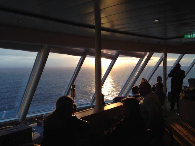 Sonnenuntergang in der Himmel & Meer Lounge