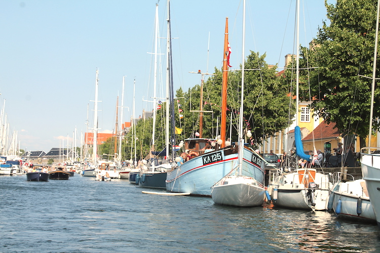 Durch die Kanäle Kopenhagens