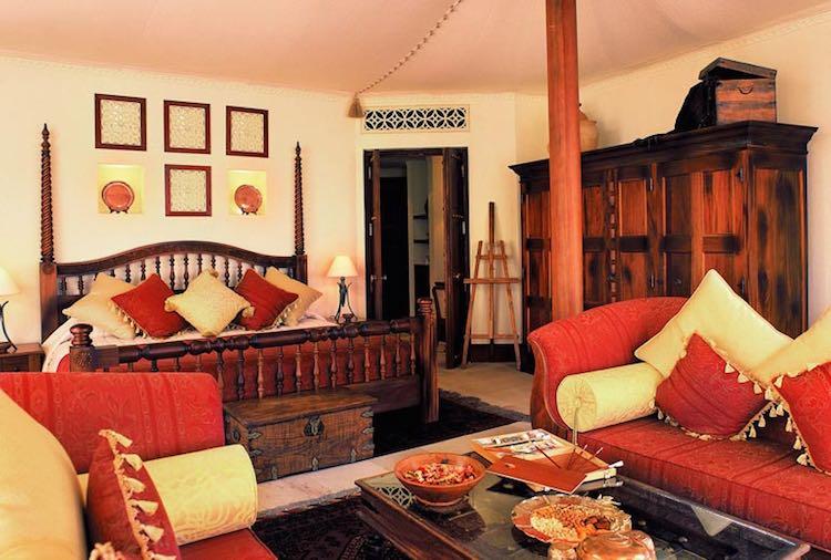 Schlafbereich in der Beduinen Suite (c) Al Maha, a Luxury Collection Desert Resort & Spa, Dubai