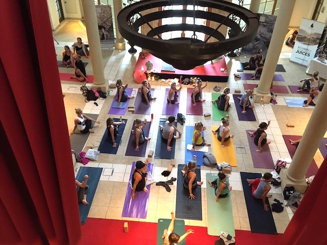 yoga_schlosshalle_arosa_kitzbuehel
