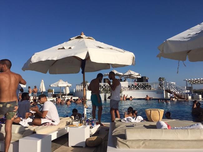 Partystimmung im Beach Club 88