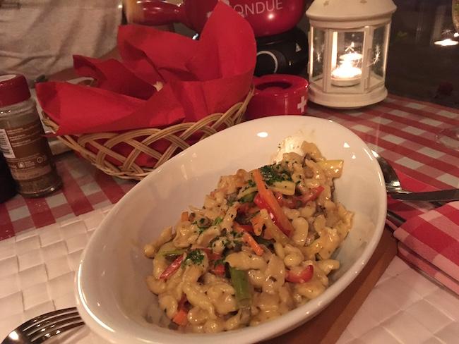 Gemüsespätzle im Schweizer Restaurant Down Town
