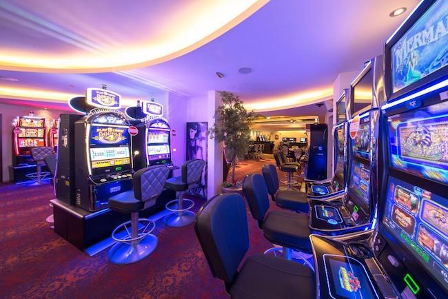 (c) Casinos Austria