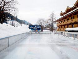 Rasmushof Eislaufplatz